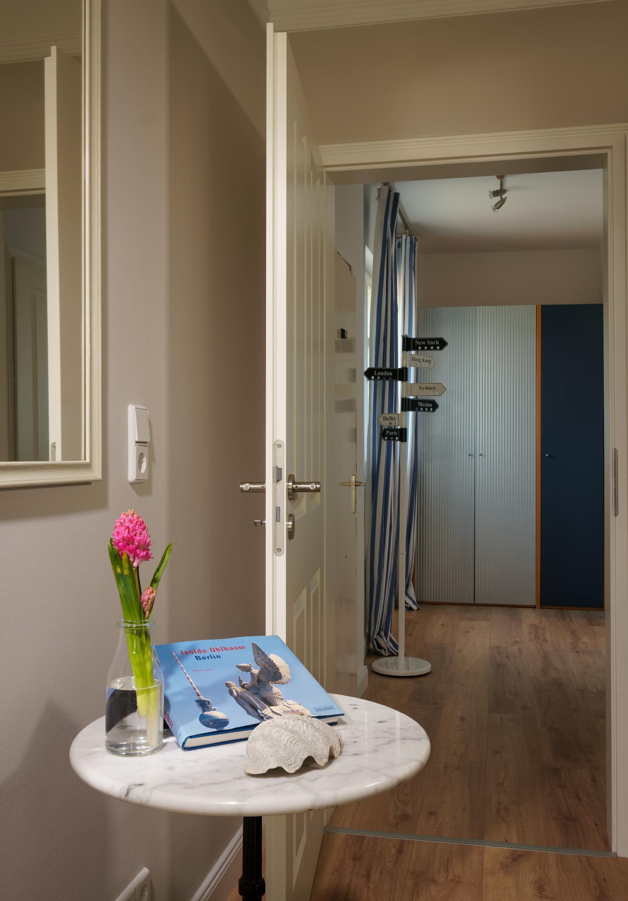 Schlafzimmer berlin lattenroste 90 x 180 schlafzimmer massiv einrichten dachschr ge stoff f r - Poco jalousien ...